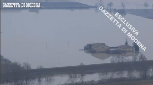 elicottero gazzetta modena