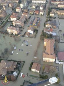 vigili_del_fuoco_alluvione_5