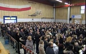 giuseppe_oberdan_salvioli_vittima_alluvione_emilia_2014_funerale_folla