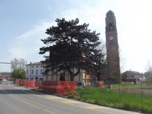 Chiesa San Giacomo Roncole senza palizzata (1)