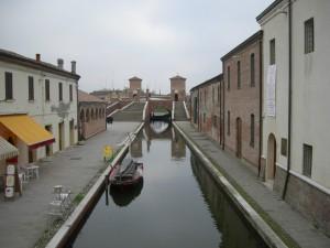 Comacchio- Via della Pescheria- Trepponti